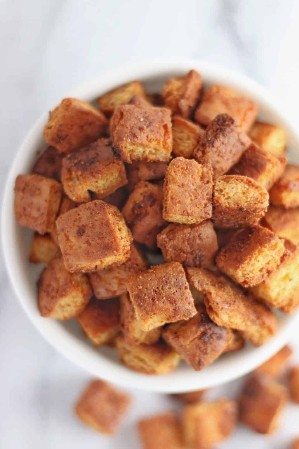 Keto Garlic Butter Croutons