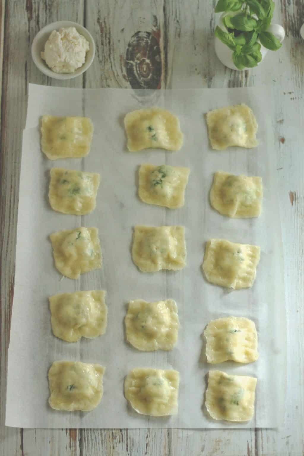 Keto Cheesy Spinach Ravioli